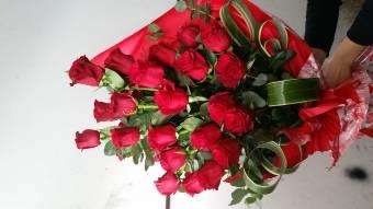 30 Rose Rosse con Furore