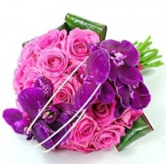 BOUQUET moto elegante e raffinato con rose e orchidee