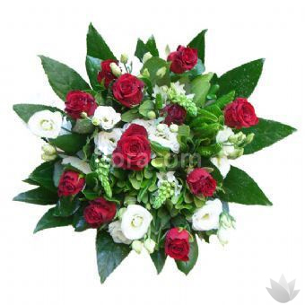 Bouquet rose rosse e lisianthus