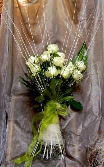 Mazzo di rose bianche particolare