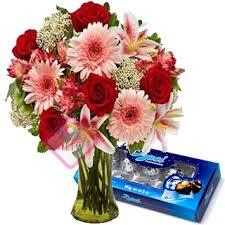Mazzo di fiori + CIOCCOLATINI