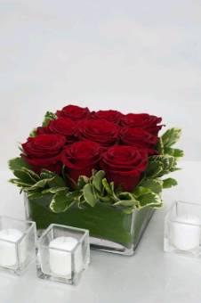 Cubo con rose