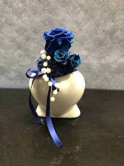 Vaso di rose stabilizzate