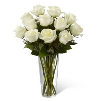 bouquet di rose bianche con verde e confezione regalo