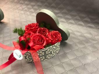 Scatola di rose