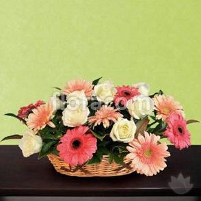 Centrotavola a discrezione del fiorista